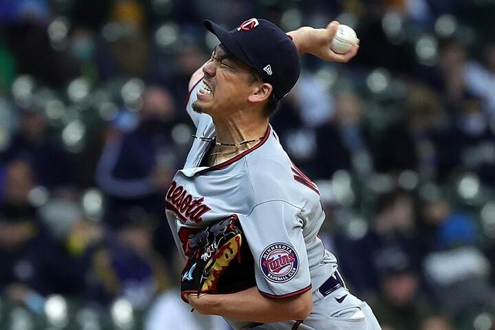 昨季はサイ・ヤング賞投票2位に入る快投で、初の開幕投手を射止めた前田だが、毎回のように出塁を許し、5回途中で降板となった。(C)Getty Images