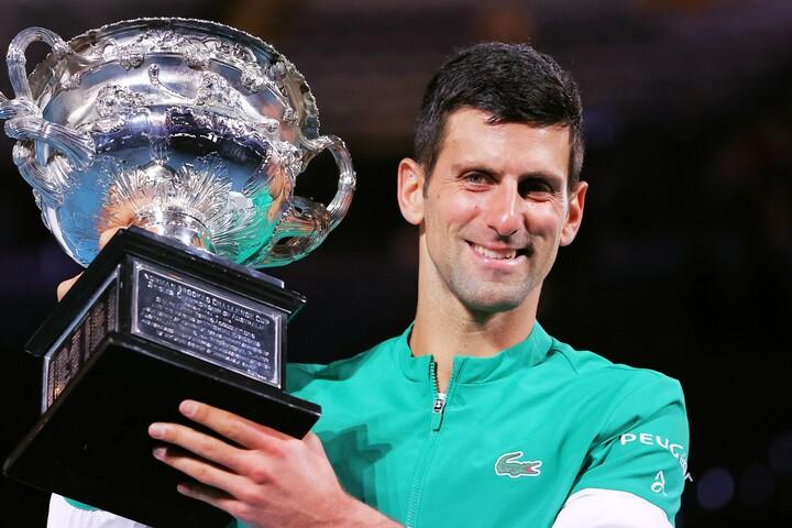 努力の末に男子テニス界の頂点へと上りつめたジョコビッチの言葉には、仕事やプライベートでも役立つエキスがあふれている。(C)Getty Images