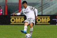 日本代表でも不動の地位を築く冨安。プレミアリーグへのステップアップ移籍はなるのだろうか。(C)Getty Images