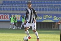 ネフチのOBグルバノフは本田について、「試合を重ねることで、彼のクオリティーが見えるようになってきた」と語った。(C)Neftçi Baku