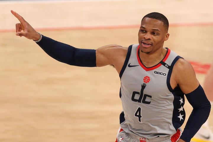 トリプルダブルを連発するウエストブルックに対し、2人の元NBAプレーヤーが改めて賛辞を送った。(C)Getty Images