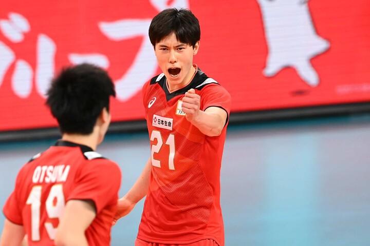 高橋藍は獅子奮迅の活躍でチーム最多の19得点を挙げた。写真:金子拓弥(THE DIGEST写真部)