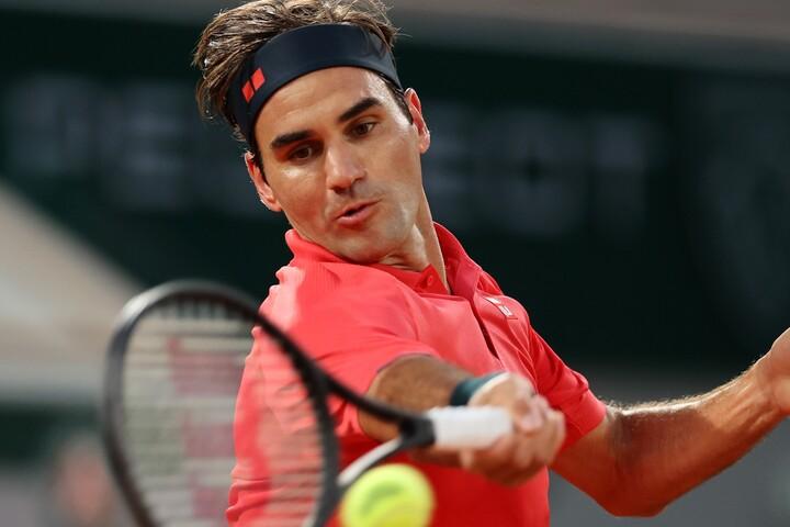 全仏オープン3回戦で3時間35分の激戦を制したフェデラー。(C)Getty Images