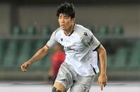 評価を高め続ける冨安は来季、どのクラブでプレーするのだろうか。(C)Getty Images
