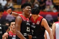 45年ぶりに五輪出場を果たす日本代表。NBAで活躍する八村、渡邊らを中心に勝利を目指す。(C)Getty Images
