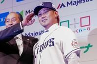 """甲子園からプロ野球、そしてメジャーも席巻した稀代の〝怪物""""松坂。その名を冠した""""松坂世代""""も、彼の引退で残り1人となった。写真:山崎賢人"""