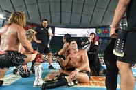 タイチ&ザック、内藤&SANADA。彼らが繰り広げた激闘はタッグ戦線を彩る一戦となった。(C)新日本プロレス