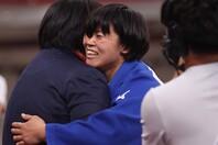 最大のライバルを倒して見事金メダルを手にした浜田尚里。(C)Getty Images