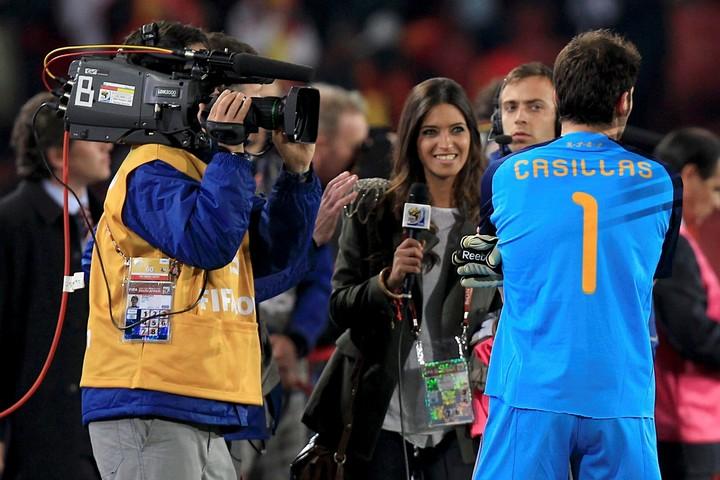 10年南アフリカW杯は現地で取材した人気レポーターのサラ・カルボネロ。(C) Getty Images