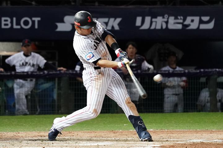 3回に3ラン本塁打を放った鈴木誠也。(C)Getty Images