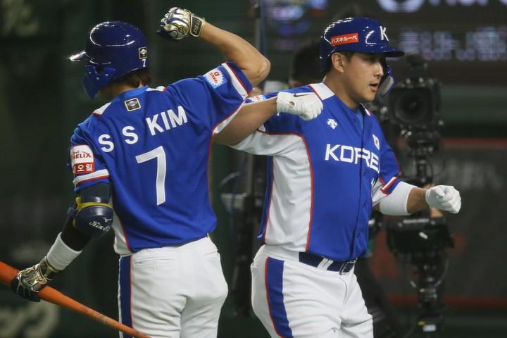 16日の前哨戦は10対8の乱打戦に。日韓ともに投手陣が崩れたが、決勝ではどうなるのか。写真:滝川敏之