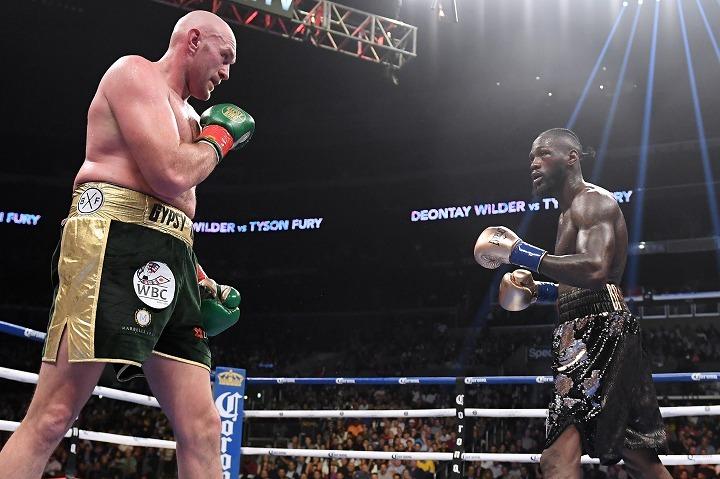 フューリー(左)とワイルダー(右)。現在のヘビー級を代表するスター同士が再びリングで激突する。 (C) Getty Images