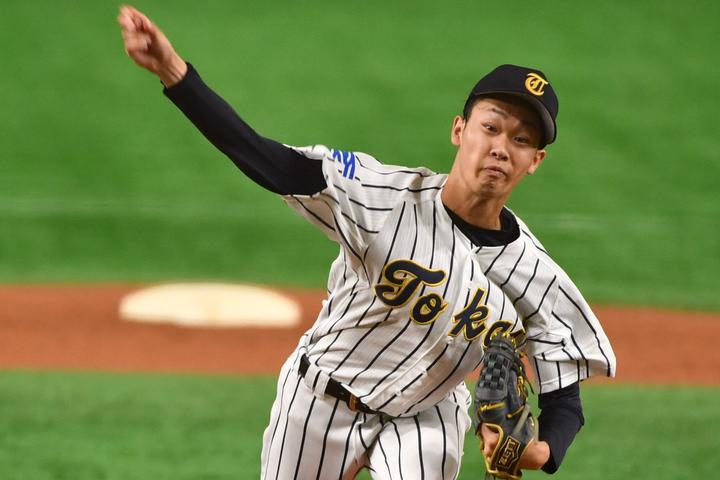 故障への不安はあるものの、山崎の将来性の高さは大きな魅力。今後1年でどれだけ成長するだろうか。写真:朝日新聞社/日刊スポーツ