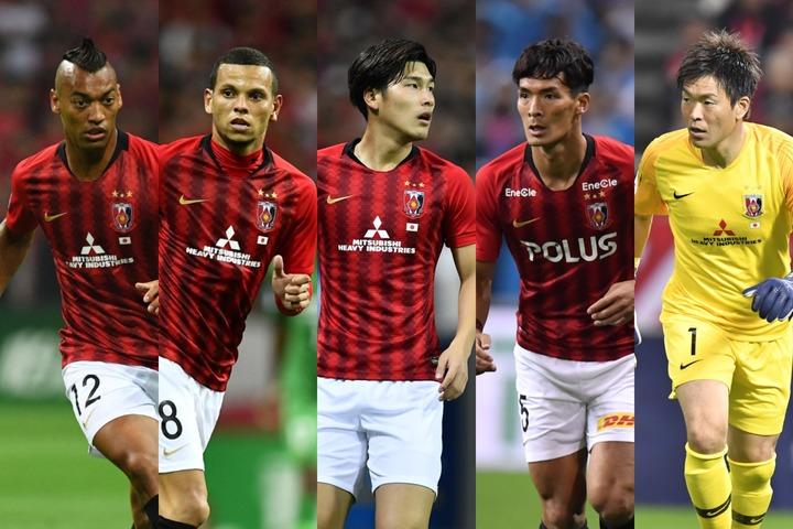 浦和からはファブリシオ(左)、エヴェルトン(左中)、橋岡(中央)、槙野(右中)、西川(右)が投票に協力してくれた。写真:THE DIGEST写真部