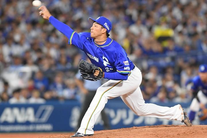 3年目の右腕・齋藤俊介のいじられキャラぶりは、球団内外で評判だ。写真:日刊スポーツ/朝日新聞社